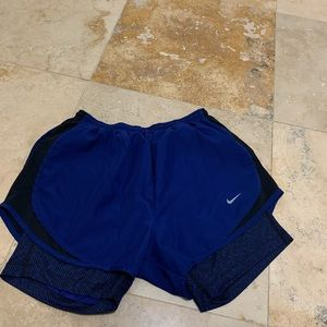 Nike 2 in 1 Running shorts